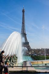 2014_03_Promenade a Paris bord de Seine 105.jpg (christian.auguet) Tags: france paris jetdeau trocadero architecture imagetype iledefrance photospecs vuegnrale toureiffel paysage
