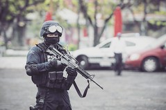 Polica Federal (TWlSTED) Tags: policiafederalmexicana policiamexicana mexicanpolice mexicanfederalpolice army ejercitomexicano ejercito mexicanarmy federalpolice m16