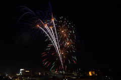 Fireworks over Guildford (Jenny.Lawrence) Tags: fireworks night nightphotography sony sonyalpha a7 city longexposure