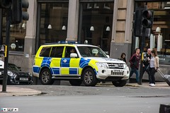 Mitsubishi Shogun Glasgow 2016 (seifracing) Tags: police scotland armed response vehicle mitsubishi shogun glasgow 2016 polizei polizia policia polis policie politie rescue recovery seifracing emergency spotting strathclyde transport traffic cars