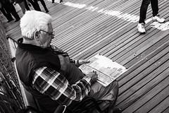 _MG_7209-Modifica (Alexander Pellegrin) Tags: brooklyn brooklynbridge newyork newyorkcity streetphotography street photo photography photographeronflickr photographer alexanderpellegrin blackwhite blackwhitephotography blackandwhitephotography blackandwhite monocrome peopleinnewyork