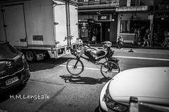 HML05944 (H.M.Lentalk) Tags: leica m typ 240 summilux summiluxm 28mm 28 f14 14 114 11428 oz aussie australia australian street sydney black white people urban life city asph newtown