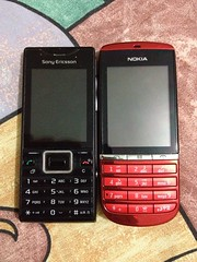 red black mobile nokia phone ericsson sony cell asha elm handphone