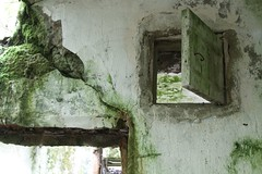 Warehouse - склад (Dencku) Tags: building abandoned canon lager rakennus kirkkonummi byggnad varasto porkkala övergiven hylätty kyrkslätt båtvik eos7d porkkalaparenthesis porkalaparentesen военноморскаябаза porkkalanvuokraaika sovietporkkala порккала киркконумми