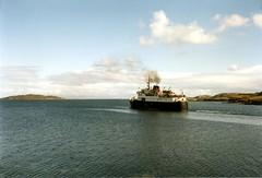 1985 -  Leaving Tarbert (Harris)  - mv Hebrides (bellrockman2011) Tags: lewis harris tarbert dunmore harristweed macbrayne luskentyre leverburgh fincastle