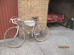 Transport (EthelRedThePetrolHead) Tags: uk england car bike classiccar misc rover wtf ethel wtg roverp6 2013 roverv8 rover3500s roverp6b etr290l ethelredthepetrolhead townsendbike townsendeclipse
