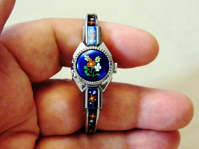 vintagemanualwindwatch vintagewomansgruenwatch vintagedecorativegruenwatch