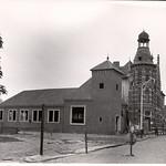 "Het oude en nieuwe postkantoor. <a style=""margin-left:10px; font-size:0.8em;"" href=""http://www.flickr.com/photos/99860362@N04/10393165665/"" target=""_blank"">@flickr</a>"