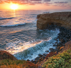 Sunset Cliffs (mojo2u) Tags: ocean california sunset surf sandiego sunsetcliffs pointloma nikond800 nikon28300mm