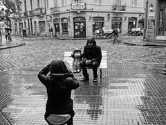 pero que te penss ? (...ven y siente el RUIDO !) Tags: blancoynegro argentina luces lluvia buenosaires tourist turistas sudamerica findesemana chilenos escapada