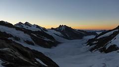 Tour: Berner Oberland & Mont Blanc | Team JACK WOLFSKIN (jackwolfskin_com) Tags: france schweiz team tours wandern montblanc jungfrau mnch bergsteigen gipfel jackwolfskin bergfhrer