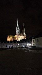 la Cattedrale di Chartres by night