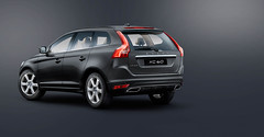 "XC60_3QR_LOC_HISP_CRYSTALWHITE.jpg • <a style=""font-size:0.8em;"" href=""http://www.flickr.com/photos/70832524@N00/14461049431/"" target=""_blank"">View on Flickr</a>"