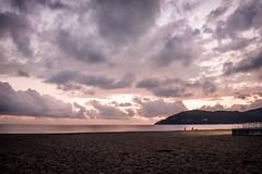Marina di Carrara (Vanda Guazzora) Tags: natura tramonto pescatori mare paesaggio nuvola