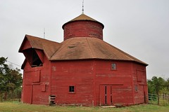 12-sided barn (iluvweknds) Tags: stclair stclaircounty county missouri rural barn historic historicbuilding
