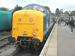 55019 Royal Highland Fusilier is readied for departure at Ongar, EOR Epping Ongar Railway 08.10.16 (Trevor Bruford) Tags: eor epping ongar heritage railway br blue train diesel locomotive deltic d9019 9019 55019 royal highland fusilier napier ee english electric dps preservation society