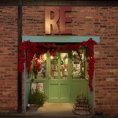 Re: Joice (ianwyliephoto) Tags: corbridge christmas 2016 lights twinkle festive tynevalley tynedale northumberland re shop store