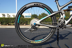 Yeti55Complete3 (The Bike Company) Tags: yeti cycles bicycles mountain bike carbon turq 55 29er complete bikeco custom build chrisking nox purposebuiltwheels