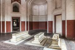 DSC5578 Mausoleo de Humayun (tumbas de familiares del emperador), año 1565-72, Delhi (Ramón Muñoz - ARTE) Tags: delhi india mausoleo tumba de humayun