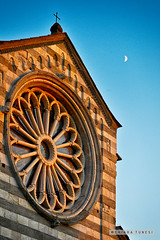 basilica dei fieschi (zuiko94) Tags: nikon nikkor nikontop nikkorlens nikond3200 nikonphotography nikonian nikonpic nikonofficial nikonlove landscape landscapeporn landscapephotography lovephotography liguria architecture architettura archiphoto archigram amazing ancient church