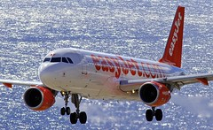 FNC/LPMA: EasyJet EZS Airbus A320-214 G-EZWV (Roland C.) Tags: airport funchal madeira portugal fnc lpma ezs easyjet airbus a320 a320214 airliner aircraft jet gezwv uk