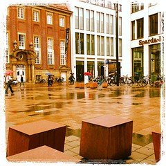 Picasso Platz (FX Communication // Photo Lab) Tags: square thomas squareformat schmitz lordkelvin iphoneography instagramapp uploaded:by=instagram thomasschmitzmnster