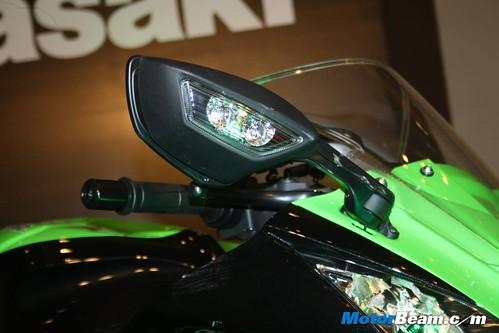 Kawasaki-Ninja-ZX-10R-09