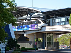 Monorail at LVH station