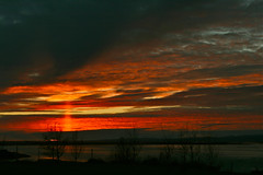 Slarlag (skolavellir12) Tags: sunset red sky sun iceland sland rautt sl sk selfoss slarlag suurland