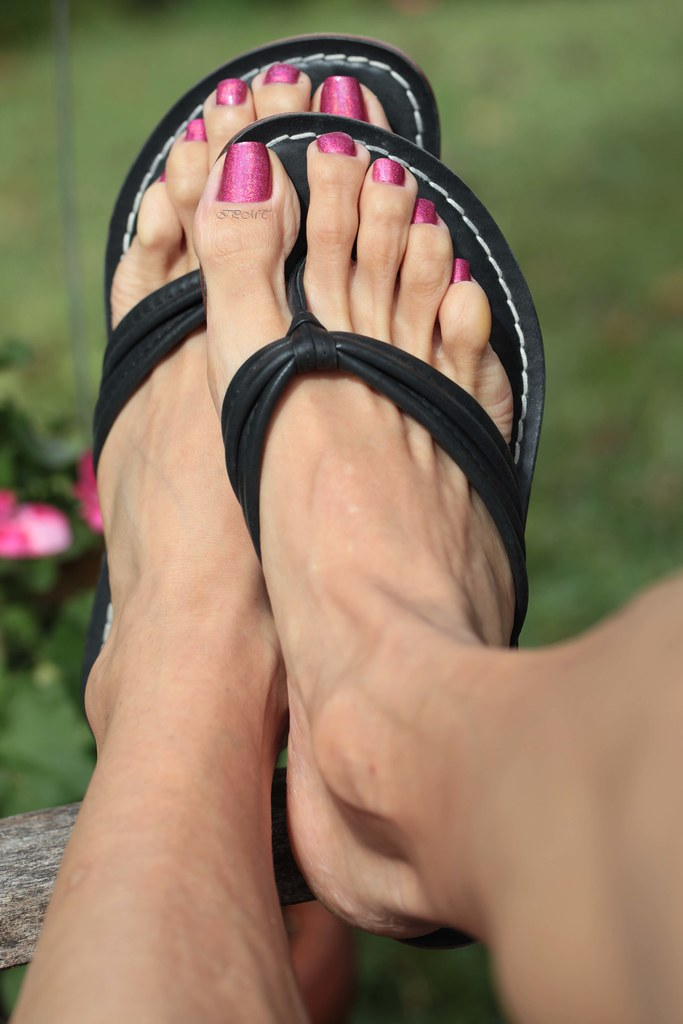 Feet fetish new topic