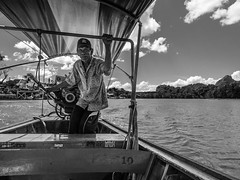 C'est parti ! (Hien Photography) Tags: street old summer portrait people holiday man nature water bay boat blackwhite thalande th longtail boatman phangnga mueangphangnga