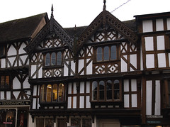 Ludlow, Shropshire, Broad St., house front, detail (groenling) Tags: wood uk greatbritain england house shropshire britain carving broadgate ludlow gb woodcarving halftimbered broadstreet salop
