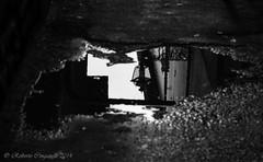 Pozzanghere di Storia...! (ROBRAS 2000 ) Tags: italy arte di firenze roberto toscana acqua riflessi citta storia pozzanghere robras2000 robertocinganelli pesticciare