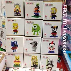 "✨NANO LEGO LOZ L กล่องเหลี่ยม✨ เลโก้จิ๋ว แบบ ประกอบเอง ขนาดสูง 4"" ชิ้นส่วน มากกว่า 100 ชิ้น ตัวเล็ก และ ใหญ่ มิกกี้ มินนี่ ธอร์ โลกิ สตีฟจ๊อบ ไมค์ สนุปปี้ ออฟติมัส กังฟูแพนด้า พู กุฟฟี่ บัซไลท์เยียร์  เลือกลายได้  S ราคาตัวละ 80฿  L ราคาตัวละ 100-.  พร้อม"