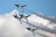 Thunderbird Diamond_7927 (Mike Head - Jetwashphotos) Tags: usa oregon america us power grace precision thunderbirds usaf hillsboro hio khio