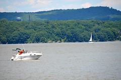 Boats on the Hudson 2 (rchrdcnnnghm) Tags: river boat hudsonriver rocklandcountyny haverstrawny