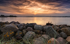 September sunset (Stefan Sellmer) Tags: balticcoast balticsea clouds germany heikendorf reflections schleswigholstein stones sun water color colorful longexposure outdoor sunset deutschland de