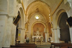 glise Saint-Trophime  Lacoste. (Claudia Sc.) Tags: provence lubron france