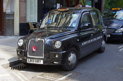 2013 London Taxis International (LTI) TX4 Elegance Auto (2499cc, 99bhp) (Graham Woodward) Tags: londoncabs taxis lti londontaxisinternational