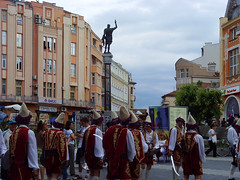 Plovdiv, Bulgaria - folk festival in Dzhumaya square (johnnysenough) Tags: 62 plovdiv  dzhumayasquare folkfestival bulgaria blgarija bulgarie bulgarien centraleurope travel vacation 100citiesx1trip snv37544