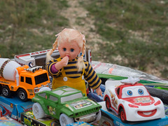 _A214191 Children's corner.jpg (JorunT) Tags: høst hellas marked 2016 leker nikiti oktober hã¸st