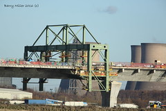 The wing traveller (Barry Miller _ Bazz) Tags: widnes bridge construction work mersey gateway