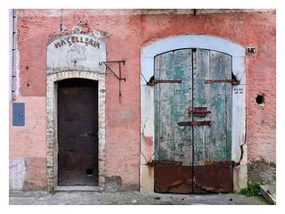 Senza carne né sangue/This was a butcher shop