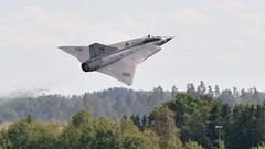 The Dragon (Arndted) Tags: saab35draken saab35 35draken draken sk35cdraken sk35c takeoff försvarsmaktensflygdagar2016 flygdagarna2016 flygdagarna försvarsmakten flygvapnet swedishairforce sweden sverige swedishairforcehistoricflight swafhf saabinthesky aircraft airshow airplane airforce aviation flygplan flight flying jet fighter nikon d300s sigma ex100300f4