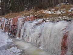 2016 Bike 180: Day 286, December 3 (olmofin) Tags: 2016bike180 finland bicycle ice polkupyr rock cutting kallioleikkaus lumix 20mm f17