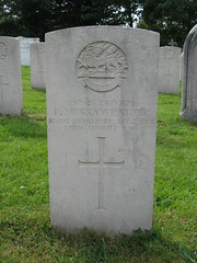 Wool: CWGC gravestone (Dorset) (michaelday_bath) Tags: wool dorset cwgc