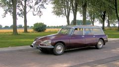 1973 Citroën DS 23 Break (Vriendelijkheid kost geen geld) Tags: break estate ds citroën stationcar