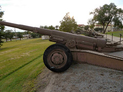 "M1918A1 155mm Howitzer (3) • <a style=""font-size:0.8em;"" href=""http://www.flickr.com/photos/81723459@N04/9691285665/"" target=""_blank"">View on Flickr</a>"