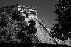 (RH Imagine Photo) Tags: del de mexico nikon riviera maya yucatan el cancun juego mujeres isla mundo castillo chichen roo equinox dios archeological pelota itza d800 piramide kukulcan quintana maravilla ixchel equinoccio dioses arqueologica pyramd
