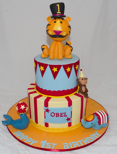 FISHER PRICE CIRCUS CAKE